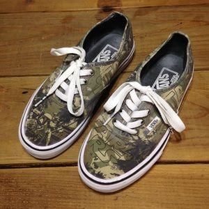 Vans Green Star Wars Edition Shoe Size 6.5